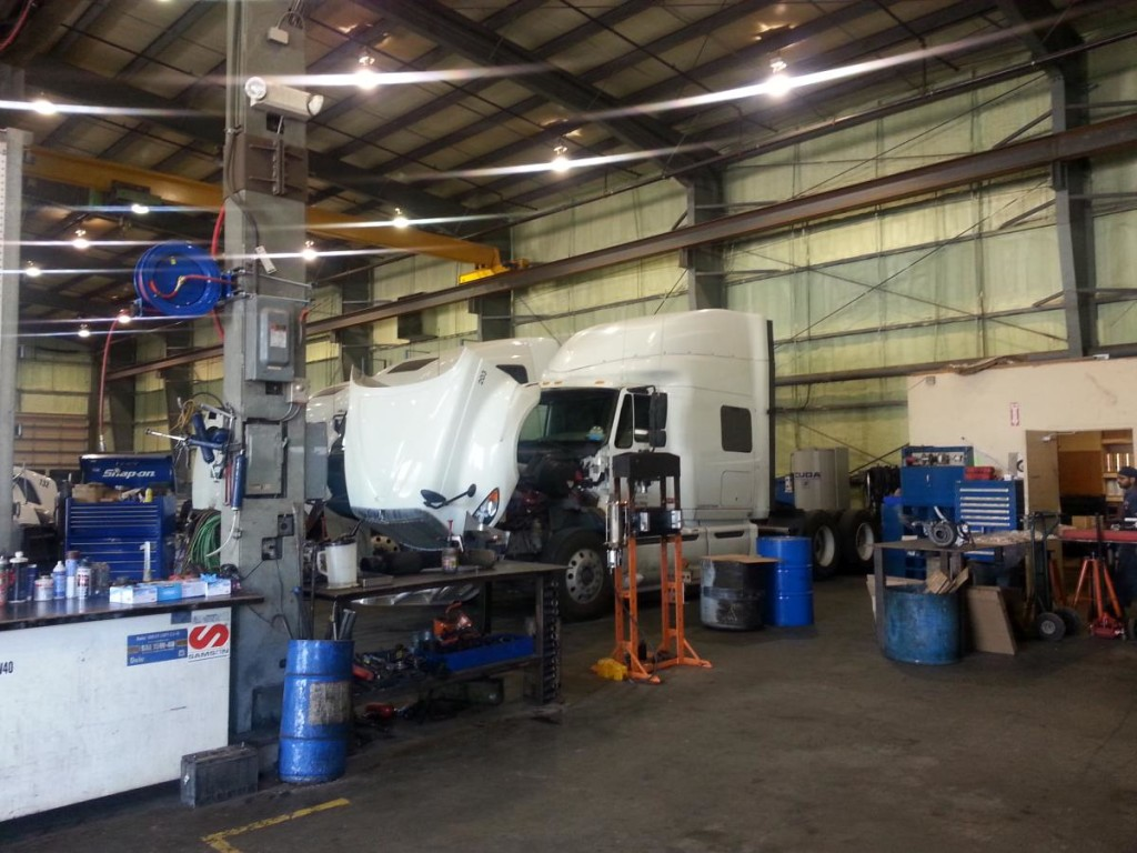 Dhillon Truck Repair (7)